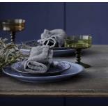Vajilla vintage azul.