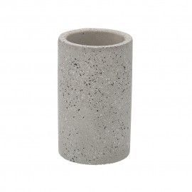 Vaso de baño de cemento.
