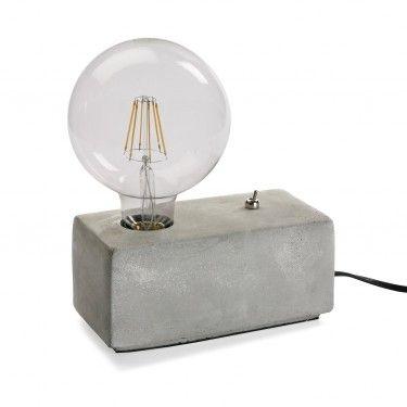 Lámpara de mesa de cemento.