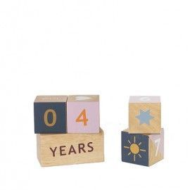 Calendario con piezas de madera kids.