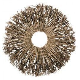 Corona natural de ramas.