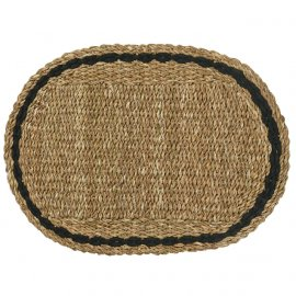 Felpudo ovalado de fibras naturales.