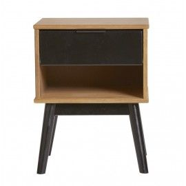 Mesita de noche en madera. 35x40x56.5 cm.