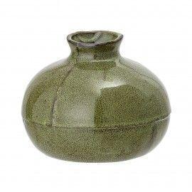 Jarrón de cerámica verde.