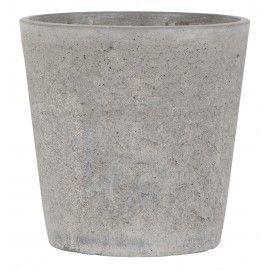 Maceta de cemento industrial.