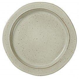 Plato postre de cerámica rústica en tono piedra.