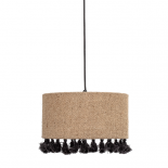 Lámpara de techo con borlas.