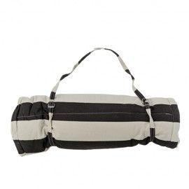 Esterilla de playa con cojín de estampado de rayas blancas/negras.