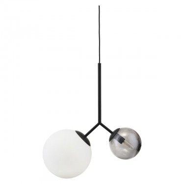 Lámpara de techo doble.