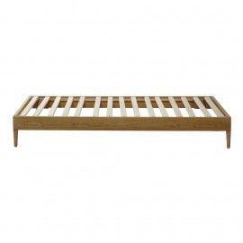 Base de cama en madera natural con ruedas o pata nórdica. Varios tamaños y acabado a elegir.