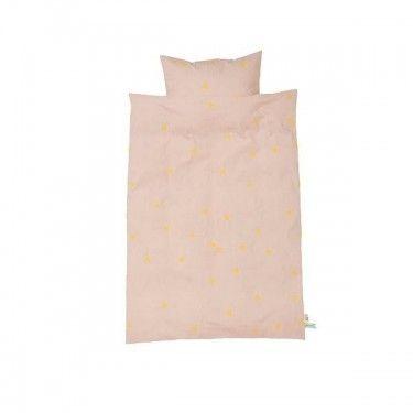 Conjunto de funda nórdica + almohada rosa con triángulos mostaza.