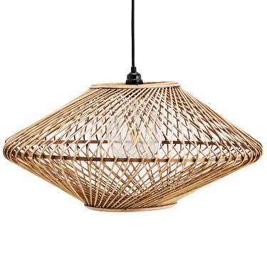 Lámpara de bambú trenzada.