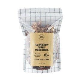 Granola de frambuesa, manzana y macadamia.