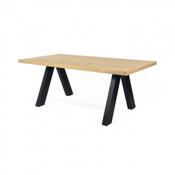 Mesa de comedor con sobre acabado roble y patas acabado for Mesa comedor roble