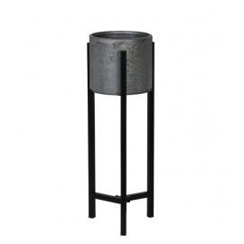 Macetero de hierro gris