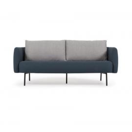 Sofá Walkyria 3 plazas azul con cojines gris y patas de metal con acabado pintado negro