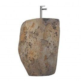 Lavabo de piedra natural.