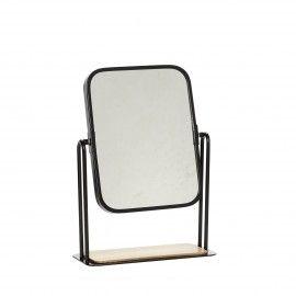 Espejo de mesa de hierro con pie de madera.