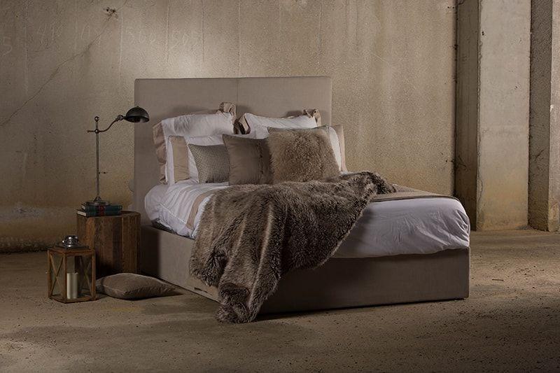 Diseño de cabeceros y camas a medida en A Coruña.